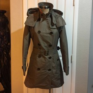 Burberry trench coat with wool line